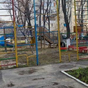 Cel mai curat teren școlar